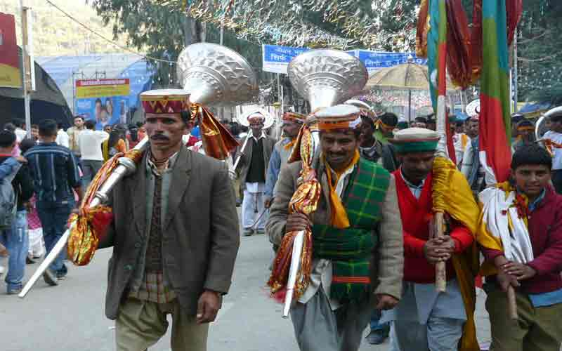 Himalayan Beauty With Melodious Himachali Folk Songs