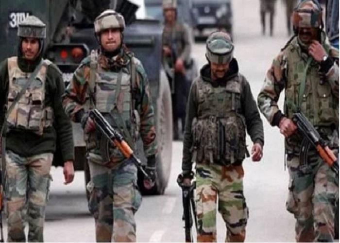 सुरक्षाबलों ने मुठभेड़ में चार आतंकियों को ढेर