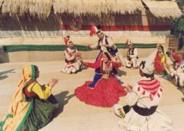 TRADITIONAL DANCE FORMS HIMACHAL PRADES