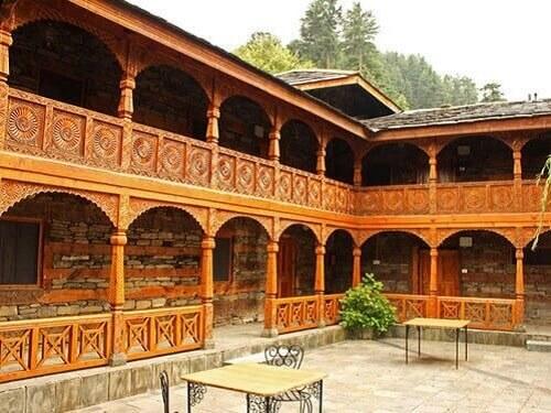 Naggar Castle