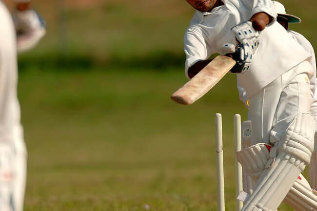 learning to play cricket in Dubai